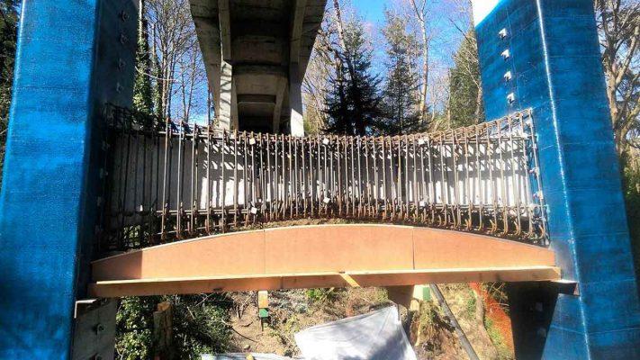 مقاوم سازی پایه پل با الیاف FRP و ژاکت بتنی